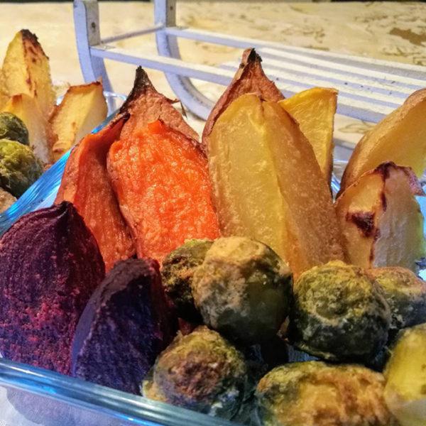 sütőben sült tahini szószos zöldségek