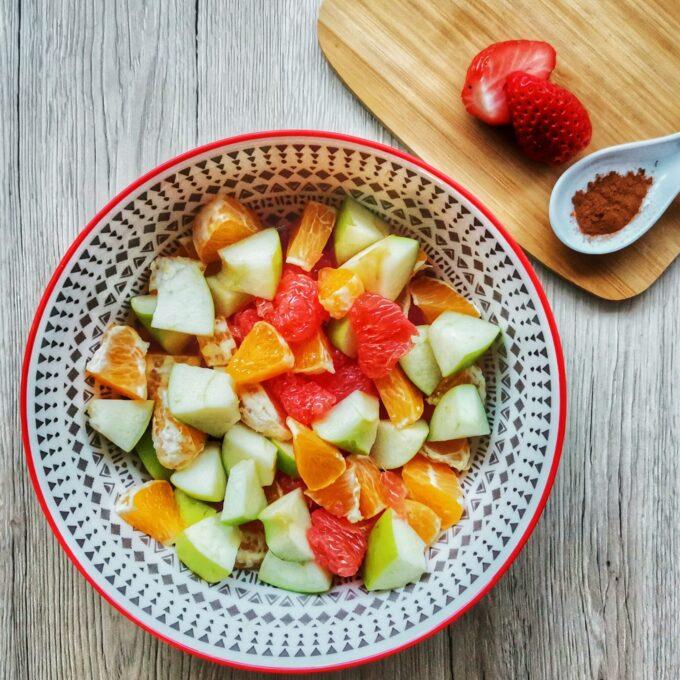 gyümölcs-saláta-recept-vegánblog.jpg