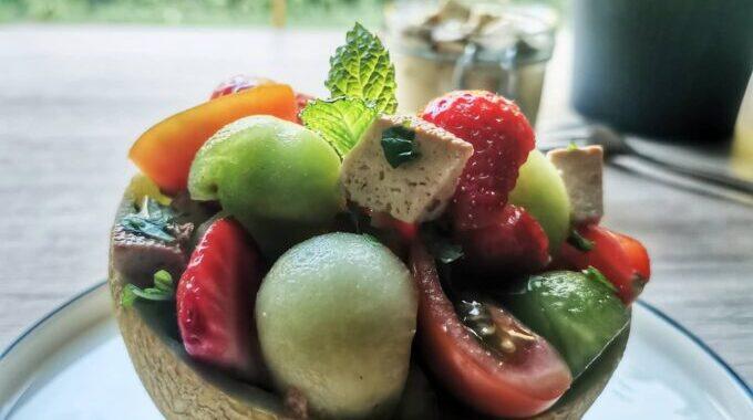 dinnyés-fetás-saláta-vegánblog-recept.jpg